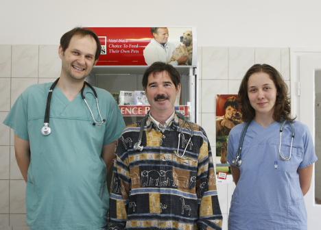 Orvosok - Ürömi Állatorvosi Rendelő